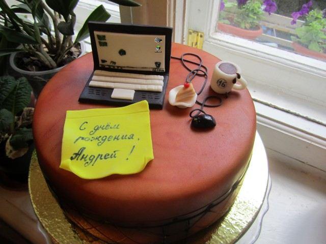 Торт-компьютер фото